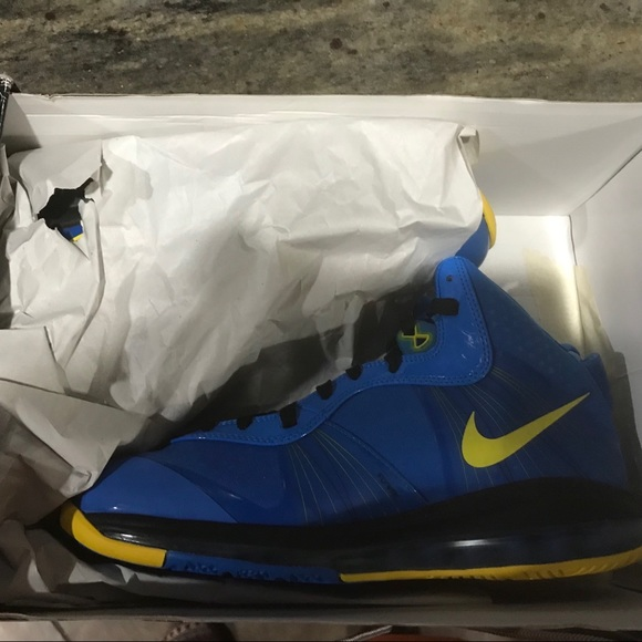 Nike Shoes | Nwt Nike Lebron 8 V2
